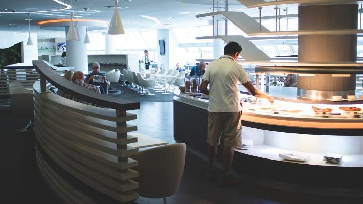 ¿Cuál es el principal criterio de los españoles para elegir hotel? El buffet